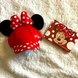 Minnie Mouse Hat with Ears and Autograph Book